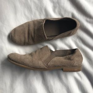 🌿 3 for $25   Franco Sarto   Taupe Suede Shoes